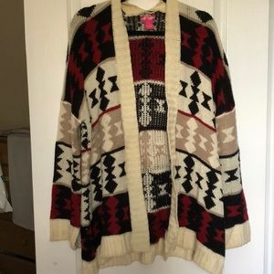 Sweaters - Chunky oversized tribal print fall cardigan